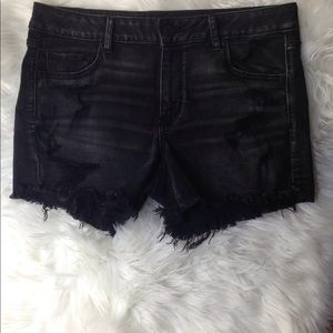American Eagle High Rise Distressed Shorts Size 16